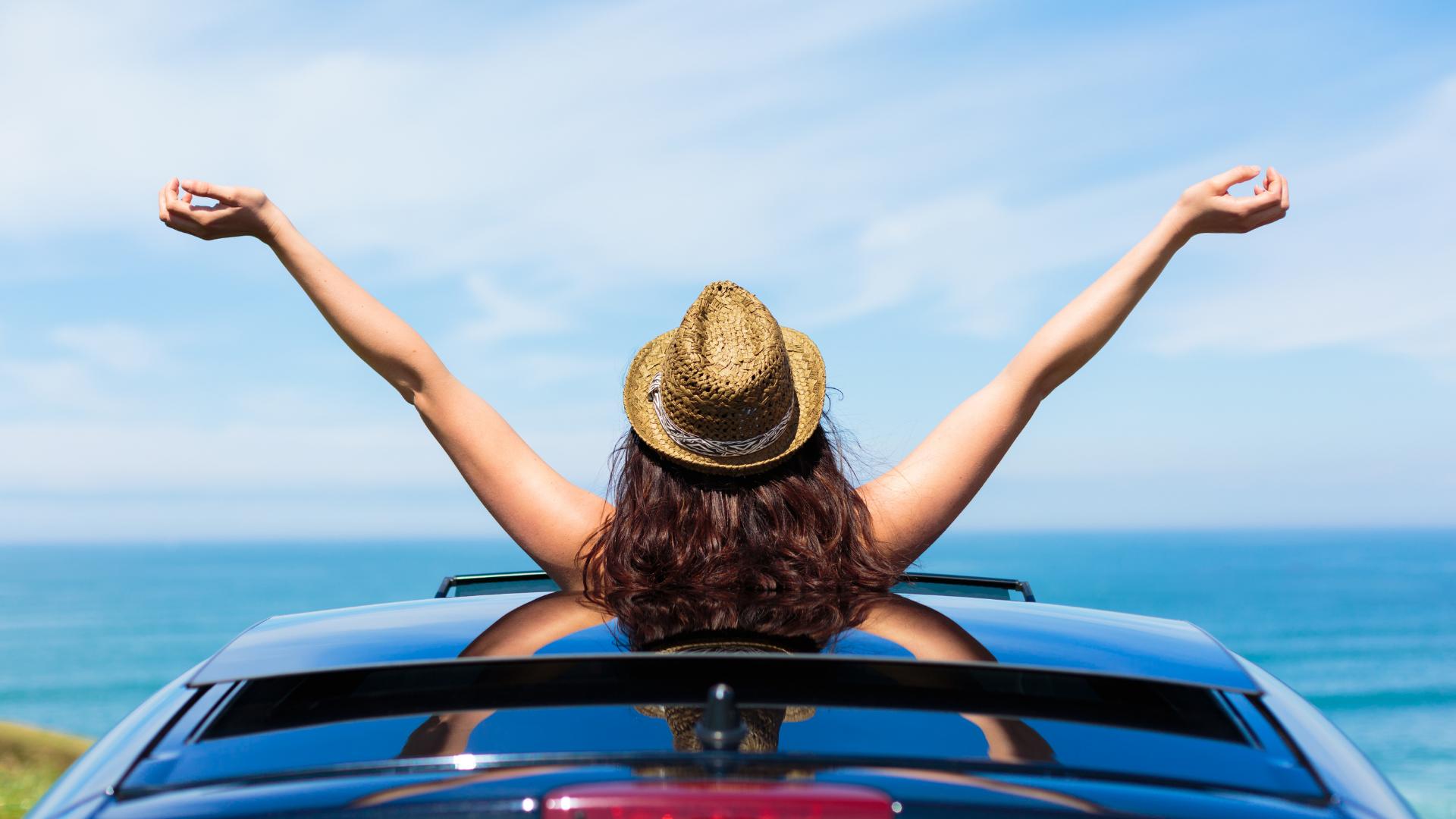 自由 車 女性